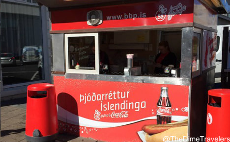 Iceland on a budget - where to eat - hot dog stand
